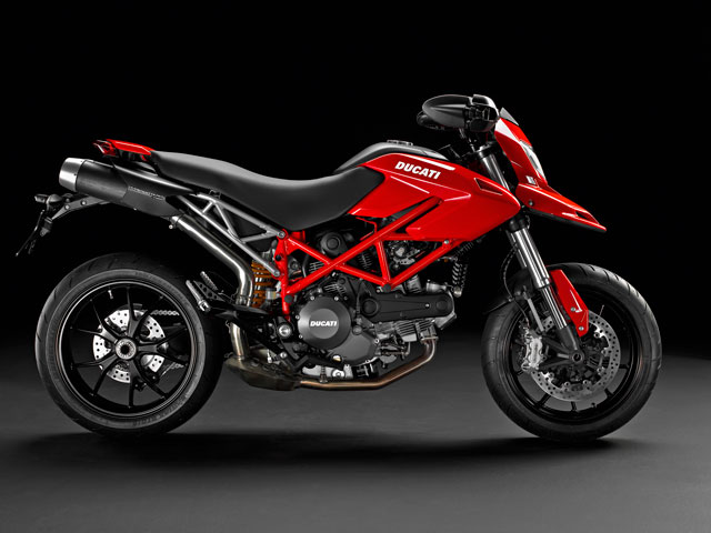La Harley V-Rod y la Ducati Hypermotard 796, premiadas