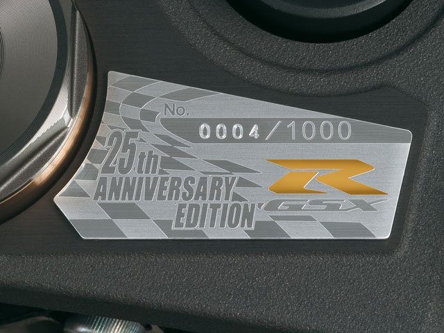 Suzuki GSX- R 1000 25 Aniversario, disponible en concesionarios