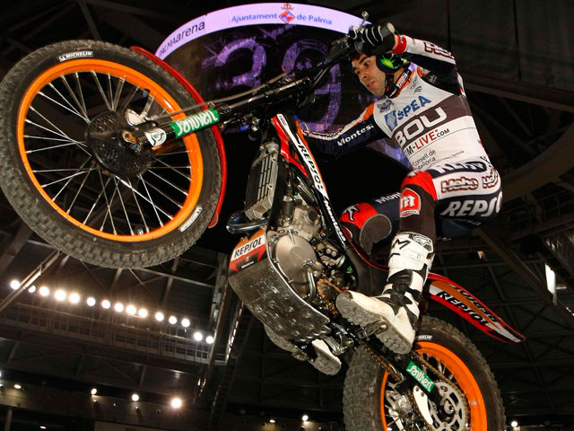 Toni Bou logra su cuarto título de Campeón del Mundo de Trial Indoor