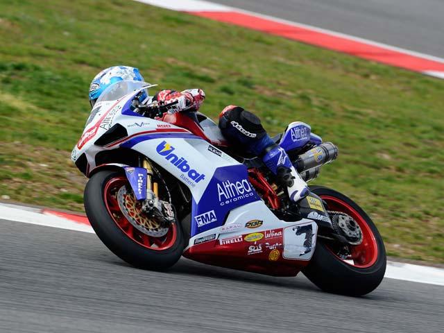 Imagen de Galeria de Max Biaggi se adjudica la primera carrera de Superbike en Portimao