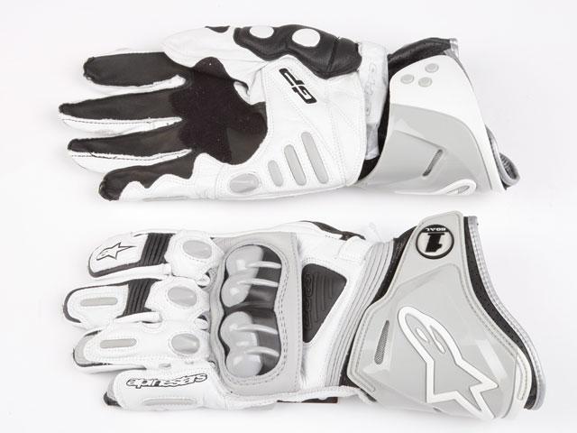 Elige tus guantes deportivos de moto