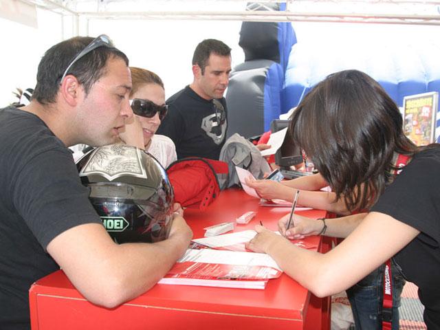Visitas Guiadas por el Paddock del GP de Jerez con Action Team