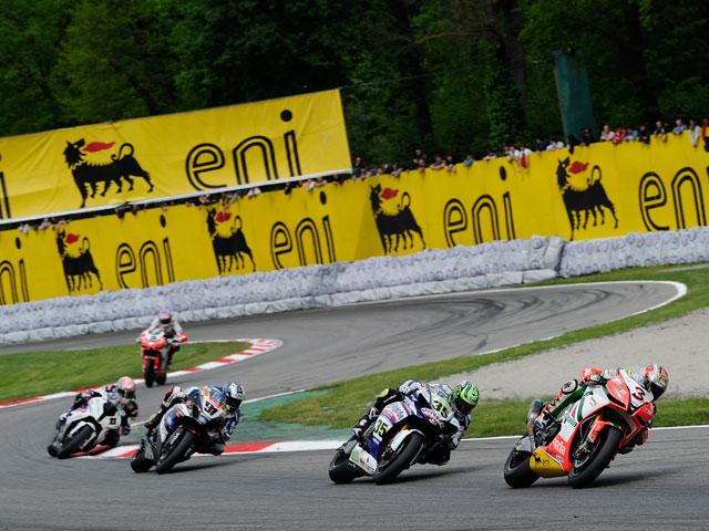 Max Biaggi consigue el doblete de Superbike en Monza