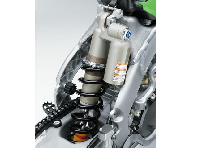Kawasaki presenta sus modelos 2011 de motocross