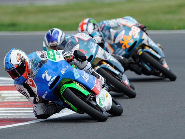 125 cc y Moto2 en el GP de Gran Bretaña
