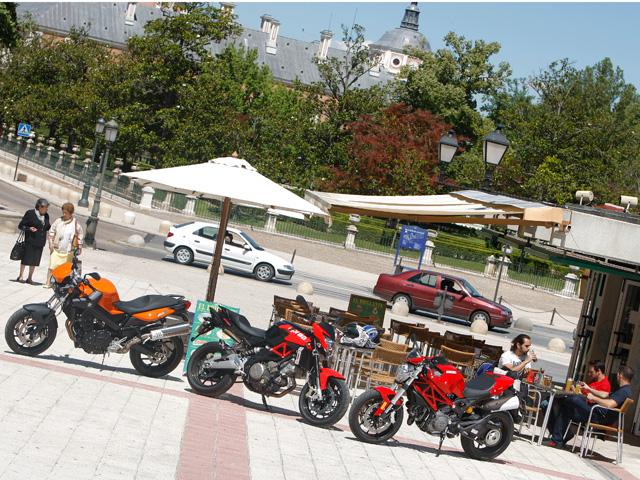 Imagen de Galeria de Comparativa motos naked medias de 800 cc