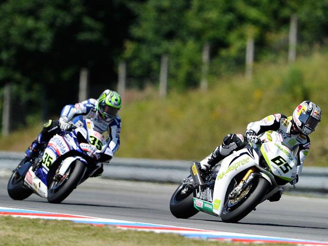 Jonathan Rea y Max Biaggi ganan en Brno