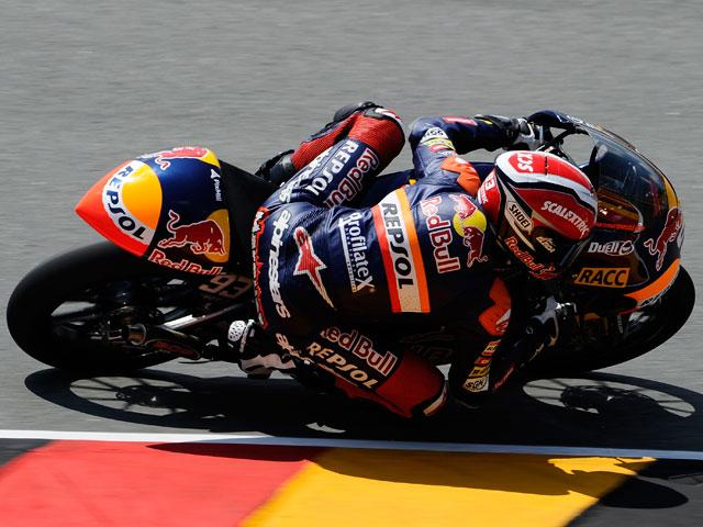 Lorenzo, Nieto y Terol lideran los primeros libres del GP de República Checa