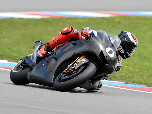 Imagen de Galeria de Lorenzo, el más rápido en el test de MotoGP en Brno
