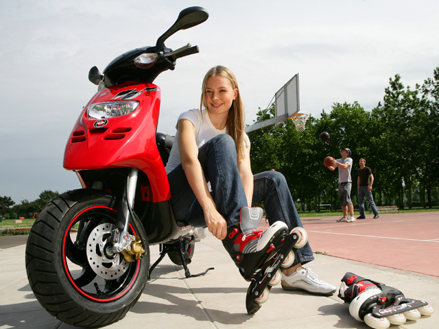 Imagen de Galeria de Convence a tus padres para que te compren una moto