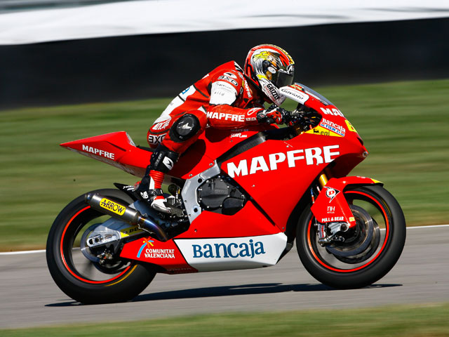 Imagen de Galeria de Alex De Angelis, el más rápido en los primeros libres de Moto2