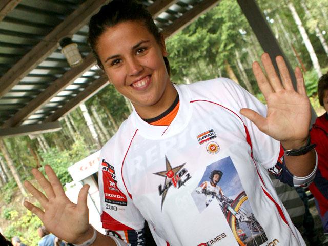 Diez títulos mundiales de trial para Laia Sanz