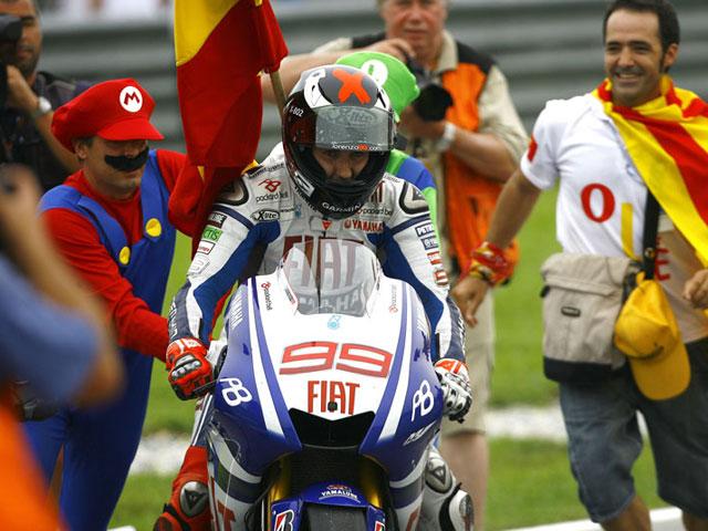 """Jorge Lorenzo tras el título de MotoGP: """"Mi sueño se ha hecho realidad"""""""