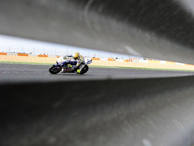 Jorge Lorenzo, pole, vuelta rápida y victoria en Estoril