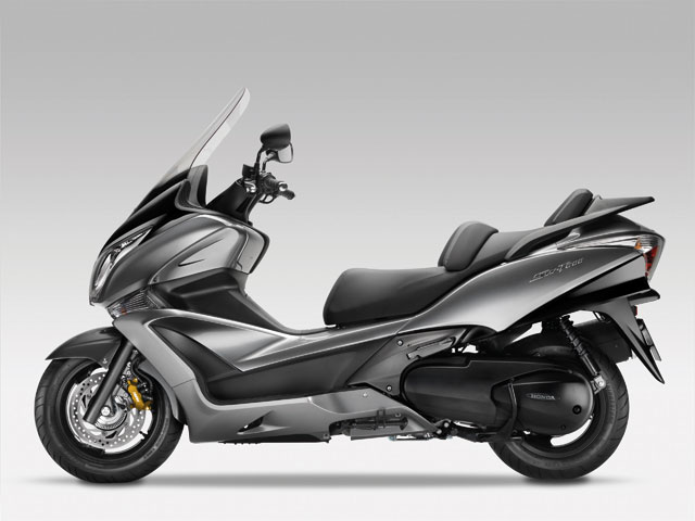 Honda SW-T600 2011