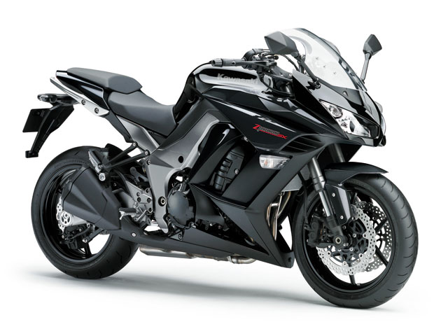 Kawasaki Z1000SX y VN 900 Classic Special, disponibles