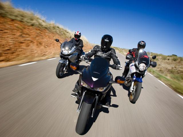 Imagen de Galeria de Comparativa Honda V2 680 cc