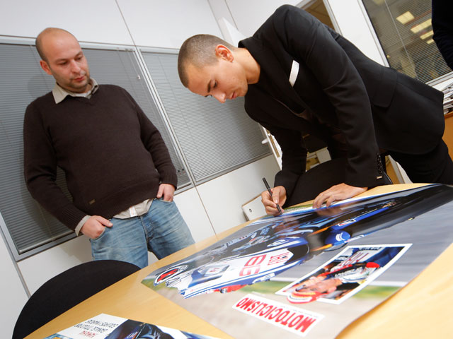 Imagen de Galeria de Jorge Lorenzo y Marc Márquez visitan MOTOCICLISMO