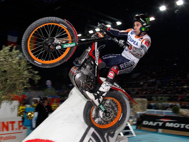 Toni Bou suma una nueva victoria en el Indoor de Ginebra