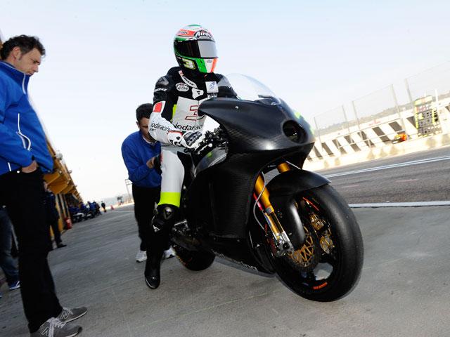 Imagen de Galeria de Entrenamientos de Moto2 y 125 cc bajo la lluvia