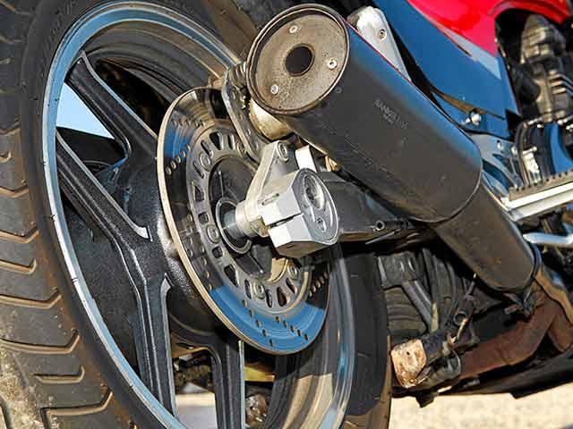 Comparativa Kawasaki GPZ 900 R vs  Z 1000 SX