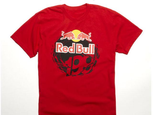 Imagen de Galeria de Nueva línea de sudaderas y camisetas Fox para Red Bull