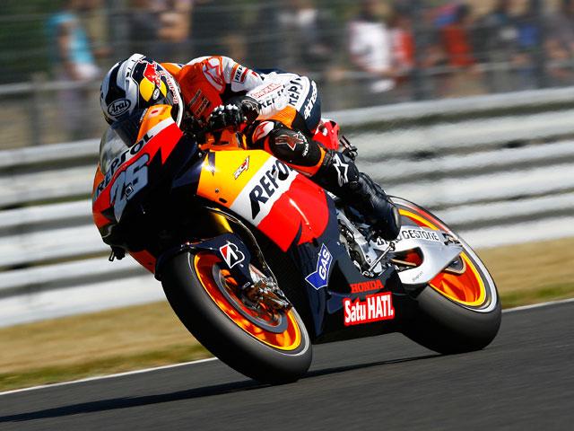 Stoner, mejor tiempo en los cronometrados de MotoGP.