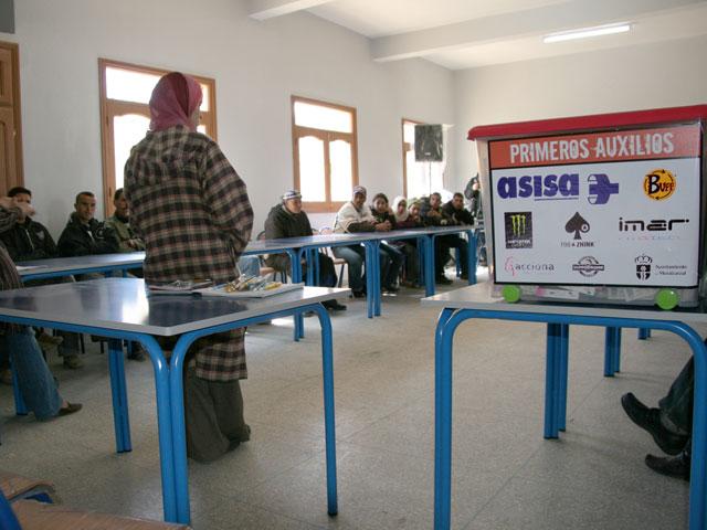 Dotación sanitaria de la Asociación Rutas Solidarias para el Atlas, en Marruecos