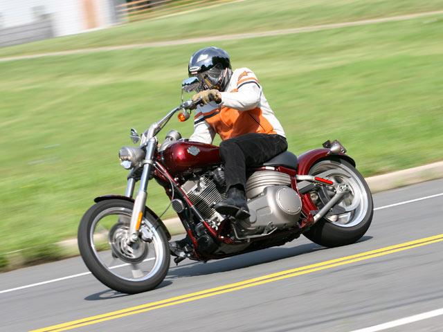 Harley Davidson FXCW Softail Rocker y Rocker C
