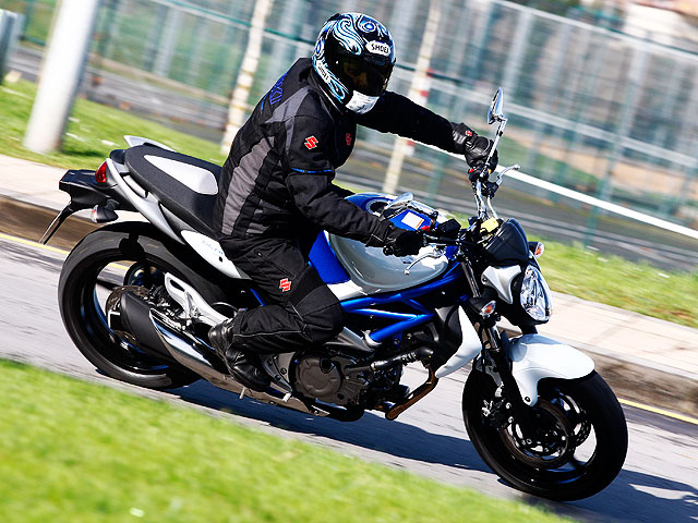 Suzuki SVF 650 Gladius