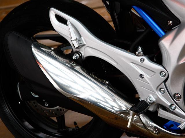 Imagen de Galeria de Suzuki SVF 650 Gladius