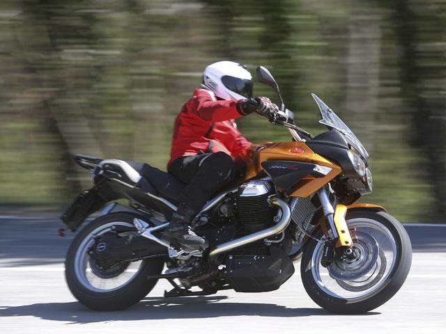 Imagen de Galeria de Moto Guzzi Stelvio 1200 8V