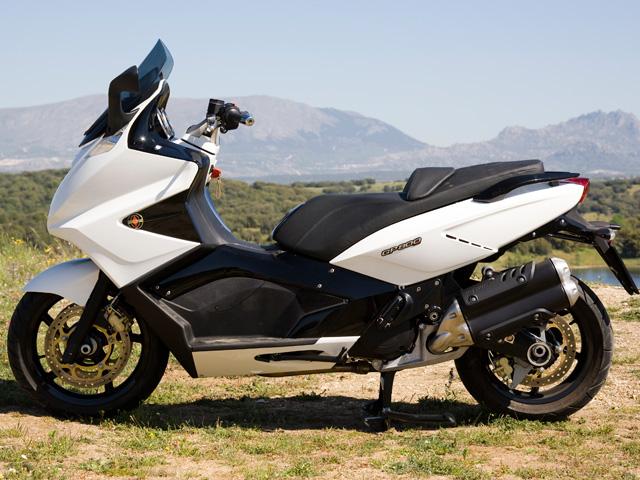 Gilera GP 800 2010