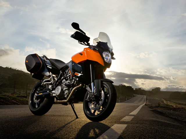 KTM 990 Supermoto Tourer ABS
