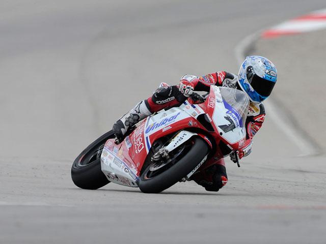 Checa logra dos victorias en Superbike en Estados Unidos