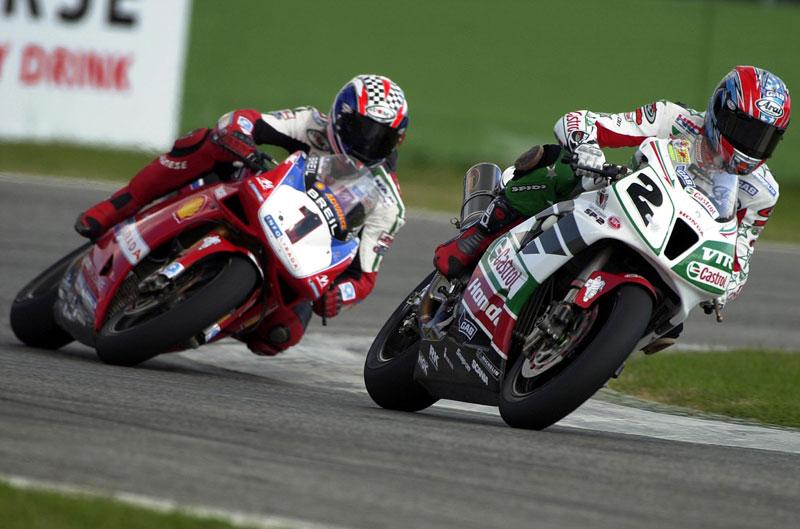 La mejor carrera de Colin Edwards. Italia 2002. (SBK)