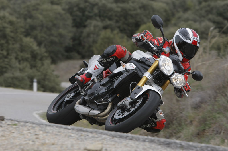 Triumph Speed Triple R 2012. Galería de fotos