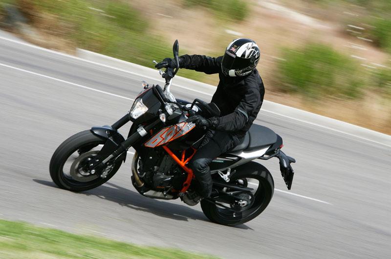 KTM Duke 690 2012. Prueba a fondo