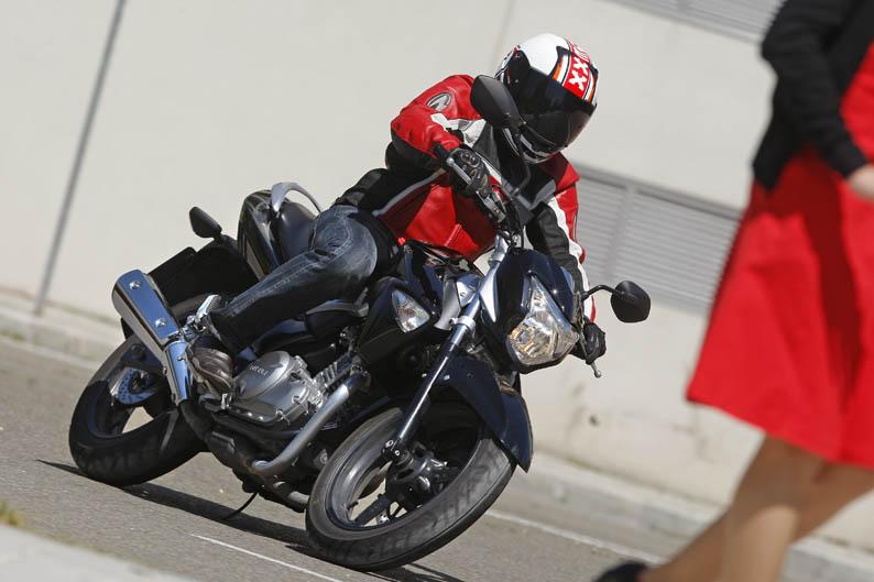 Suzuki Inazuma. Galería de fotos