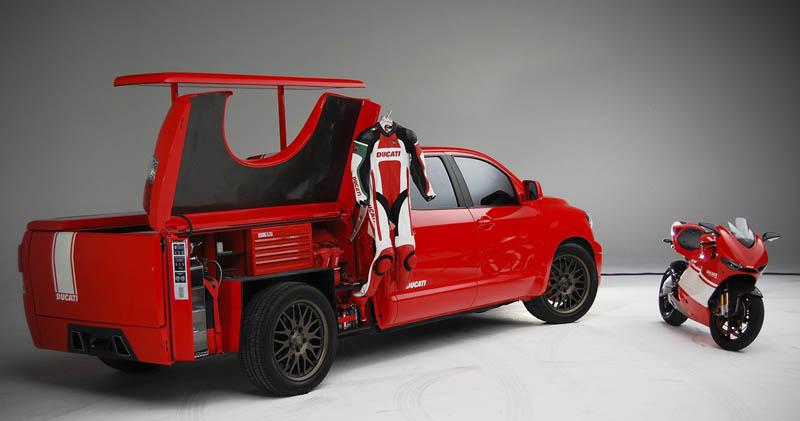 galer a pick up para transportar tu moto. Black Bedroom Furniture Sets. Home Design Ideas