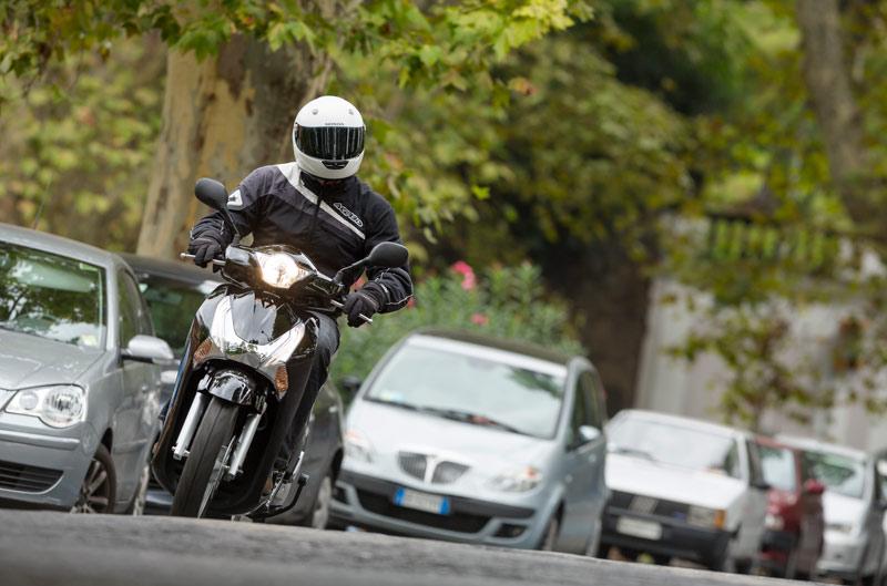 Primera prueba del nuevo Honda Scoopy 125. Galería de fotos