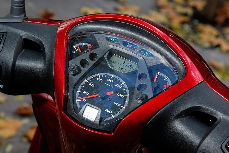 Honda Scoopy 125 2013. Galería de fotos