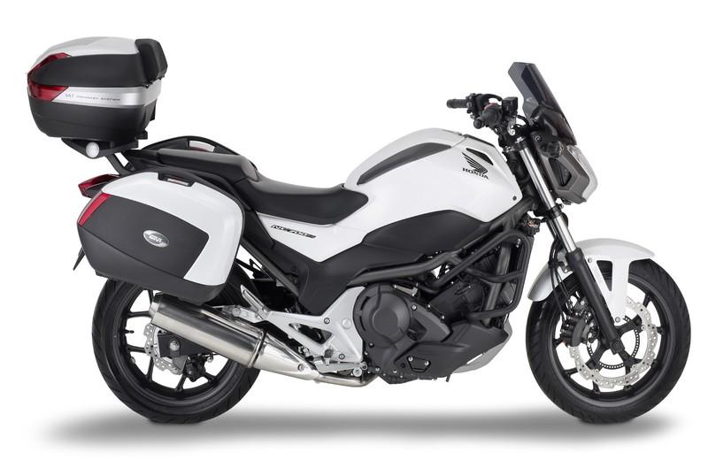 Kit GIVI para Honda NC700S. Galería de fotos