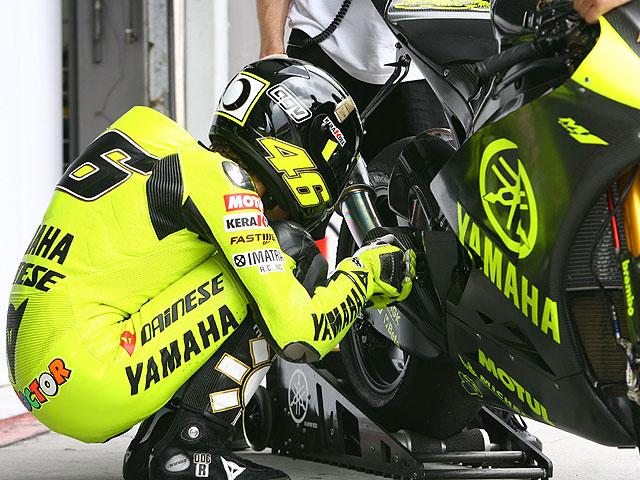 Yamaha al frente