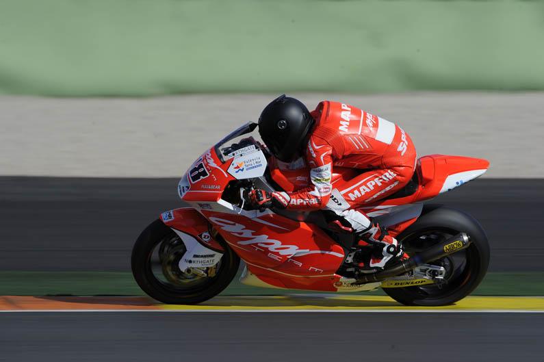 Entrenamientos Moto2 y Moto3 en Valencia. Día 1. Galería de fotos