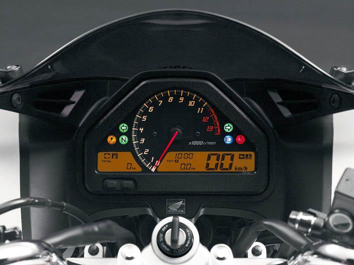 Nueva Honda VTR 250 F. Galería de fotos