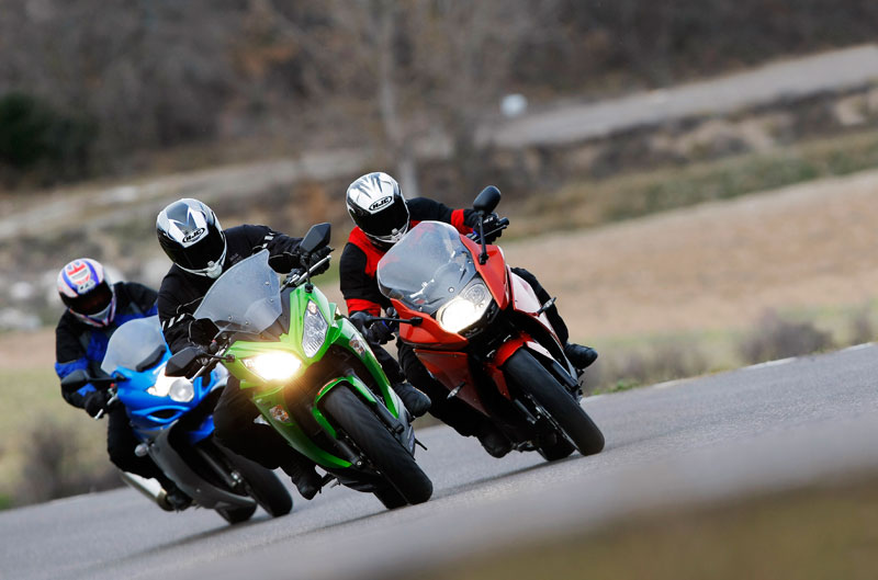 Comparativa Sport-Turismo: BMW, Kawasaki y SuzukiComparativa Sport-Turismo: BMW, Kawasaki y Suzuki