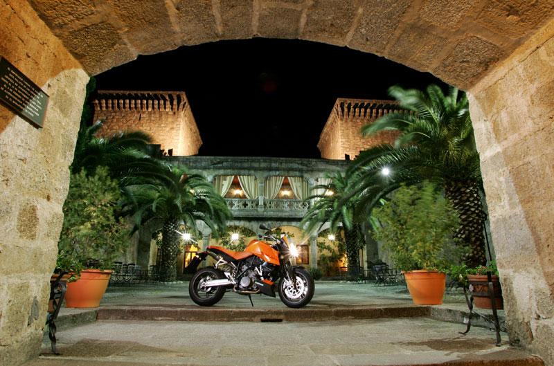 KTM 990 Super Duke (2006-2012)
