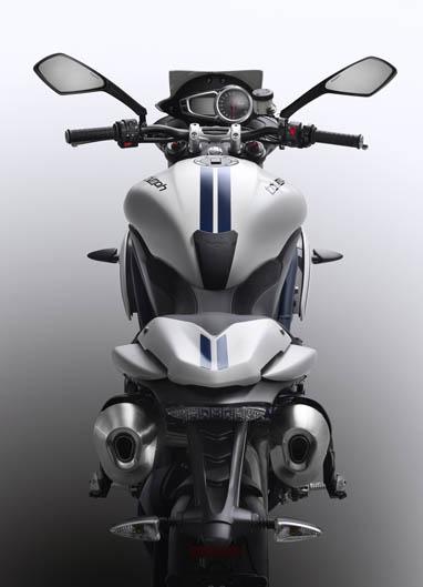 Modelo exclusivo Triumph Speed Triple