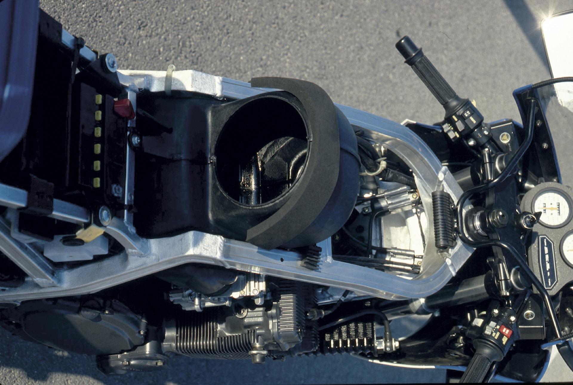 Retroprueba revista Motociclismo: Suzuki GSX 750 R 1985 Paragrapharticle-63156-57d0534b7bc21